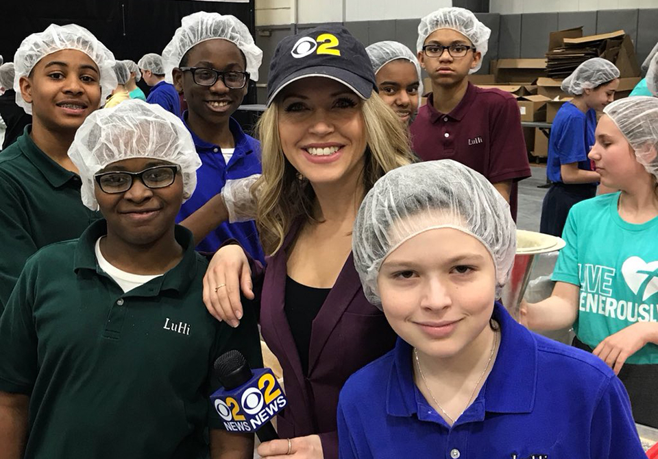 Long Island Students Work Together To Pack Food For Families In Need